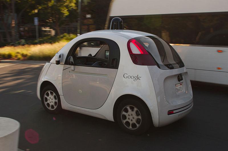 Aus BMW, Audi, Mercedes wird Google, Tesla, Apple. Bildquelle: wikipedia.org